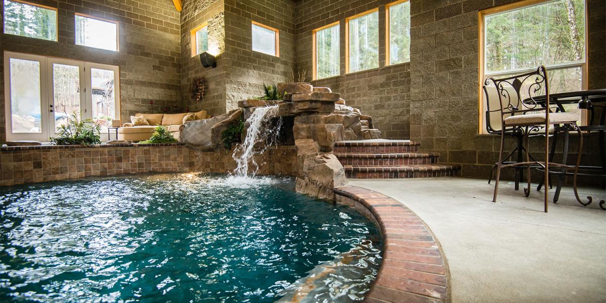 Custom Swimming Pool Construction